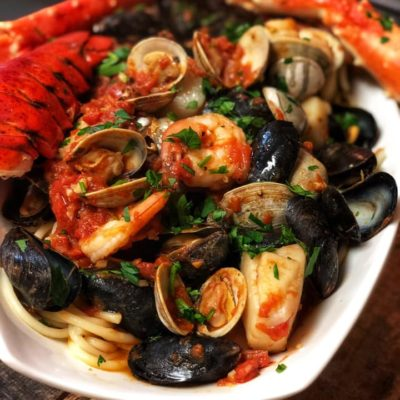 Juicy, hot, spicy seafood